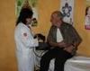 Behandlung in der medizinischen Station der Malteser. Foto: DGS Köln.