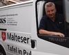 """Seit vier Jahren leitet Michael Fei bei den Maltesern in Pulheim die örtliche """"Malteser Tafel"""" und ist mit Herzblut bei der Sache. Foto: Malteser Pulheim."""