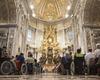 Malteser-Pilger bei einer heiligen Messe im Petersdom. Foto: Malteser