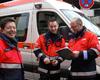 Andreas Archut (rechts) mit Führungsassistent Christian Büsch (Mitte) und dem stellvertretenden Stadtbeauftragten Günther Raths, der als Fachkraft für psychosoziale Notfallversorgung dabei war. Fotos: Felix Hilgert/Malteser Köln.