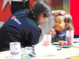 Das kostenlose Kinderschminken der Euskirchener Malteser war auch in diesem Jahr wieder mehr als gefragt. Text und Foto: André Bung, Malteser Euskirchen