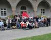 Über 50 Teilnehmer der Rom-Wallfahrt im vergangenen Oktober folgten der Einladung ihrer Busleiter zum Nachtreffen nach Schloss Gimborn. Foto: S. Lehmann.